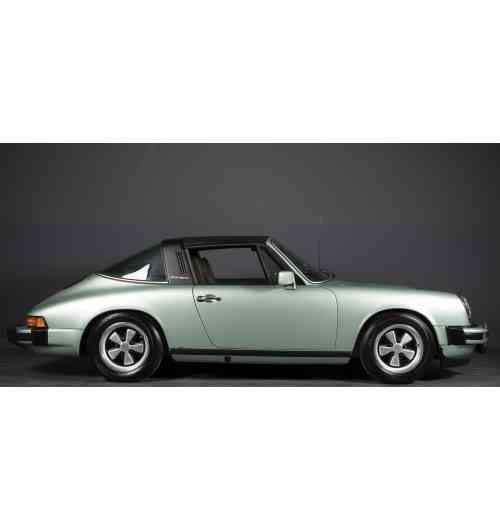 Porsche 911 2.7L Targa - Green metal diamond