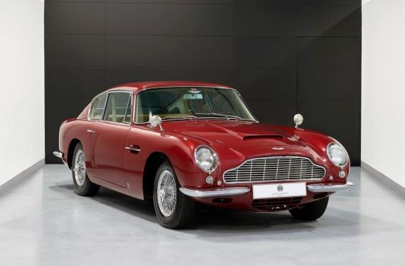 Aston Martin DB6 © Aston Martin