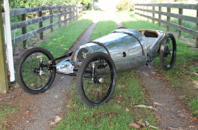 JAPPIC 350 CC 1925 conduit par Adrian Ward lors de la Brooklands Single Seater Racing
