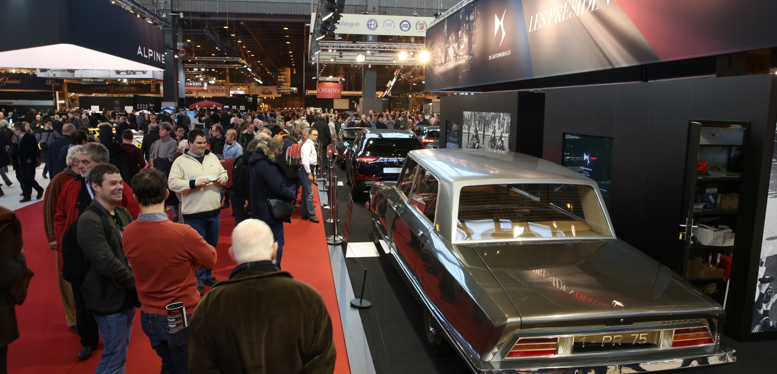 RETROMOBILE International Exhibition About Classic Cars - Car show management software